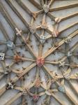 Na stropu so grbi canterburijskih škofov