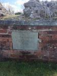 Vse, kar je ostalo od starih saksonskih kraljev so tele ploščice... grob kralja Lotharja